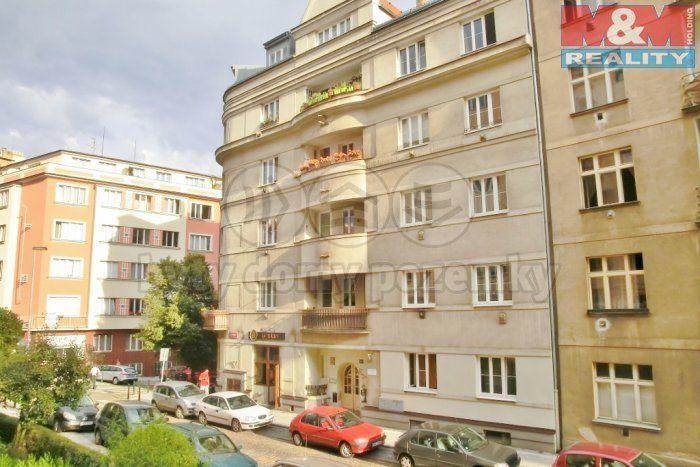 Prodej, byt 3+kk, 93m2, Praha 10 - Vršovice, ul. Bulharská | M&M reality, 4.650.000 před rekonstrukcí, přízemí