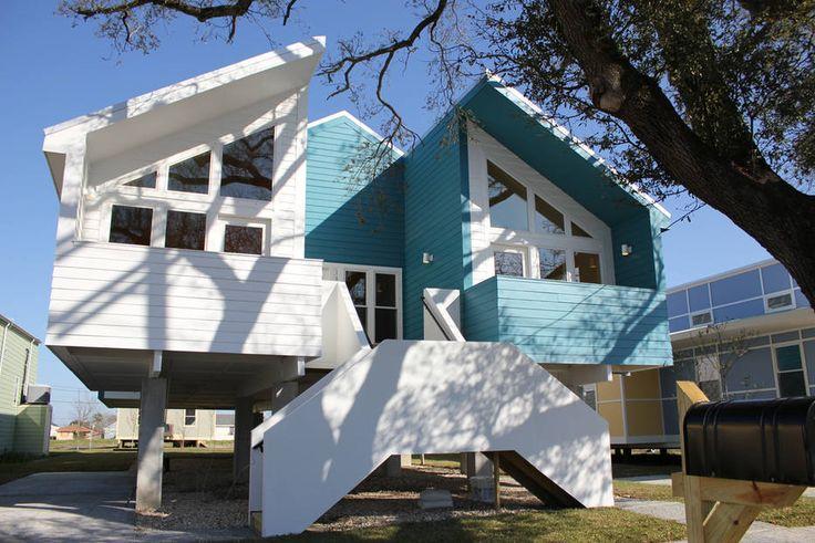Brad Pitt entrega 109 casas para famílias que perderam tudo com passagem do furacão Katrina - Radar Global