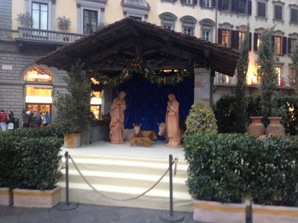 For the third year in a row the Christmas Crib embellishes the Piazza del Duomo, with statues inspired by the Renaissance artists  http://operaduomo.firenze.it/blog/posts/inaugurato-il-presepe-della-cattedrale