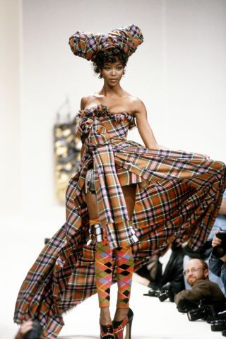 A look at Naomi Campbell's amazing runway evolution in 53 show-stopping catwalk photos from the 80s to today. Vivienne Westwood, 1994
