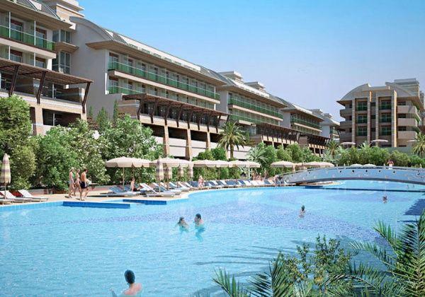 Crystal Waterworld Resort, Crystal Waterworld Resort Hotel ve Crystal Waterworld Resort Belek olarak bilinen otel bilgileri ve Belek Otelleri Alsero Turda