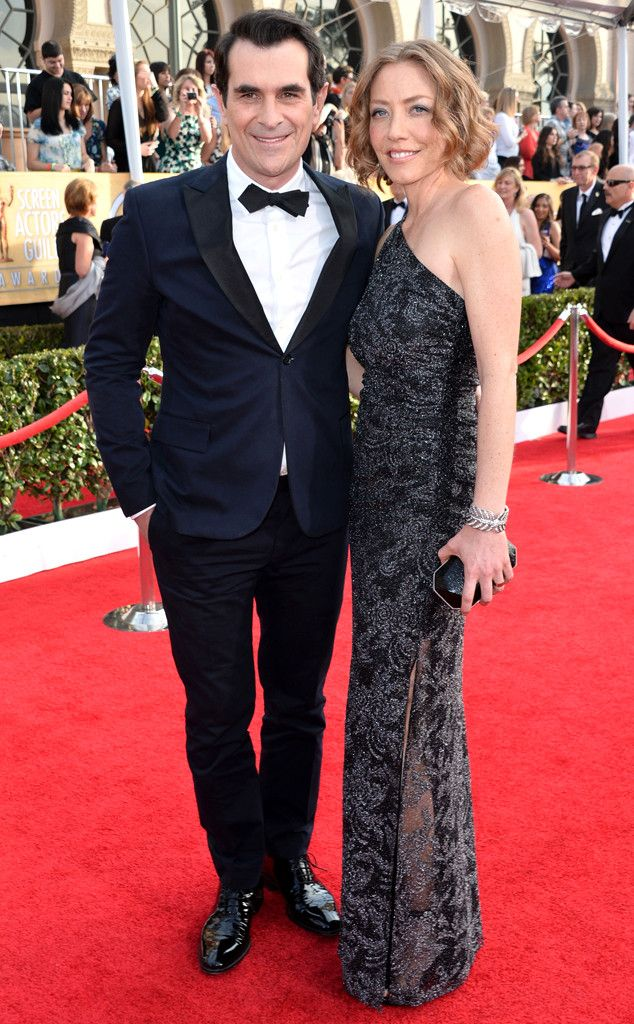 Ty Burrell & Holly Anne Brown from 2014 SAG Awards: Red Carpet Arrivals  In Todd Snyder (Burrell)