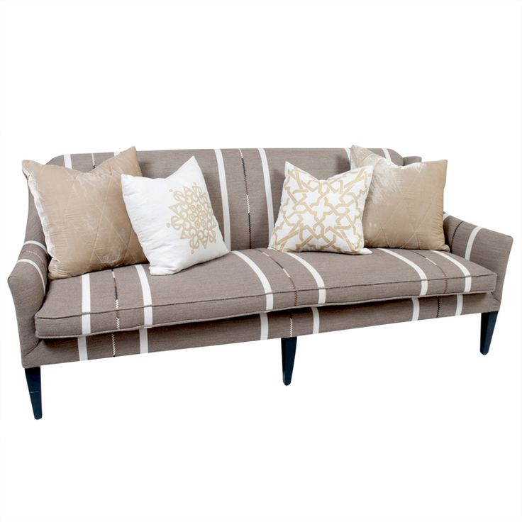 Attractive Bench Seat Sofa With Throw Pillows