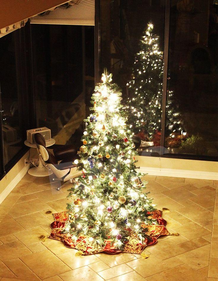 9 Slim Christmas Tree Prelit
