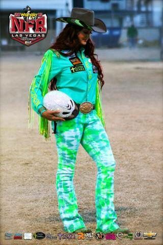 Fallon Taylor! Round 1 2015 NFR. I LOVE the sparkly helmet! | Shoulda Been a Cowgirl | Fallon taylor, Rodeo shirts, Rodeo outfits