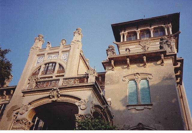 Savona, Villa Zanelli: le torrette a sud ovest by Valerio_D, via Flickr