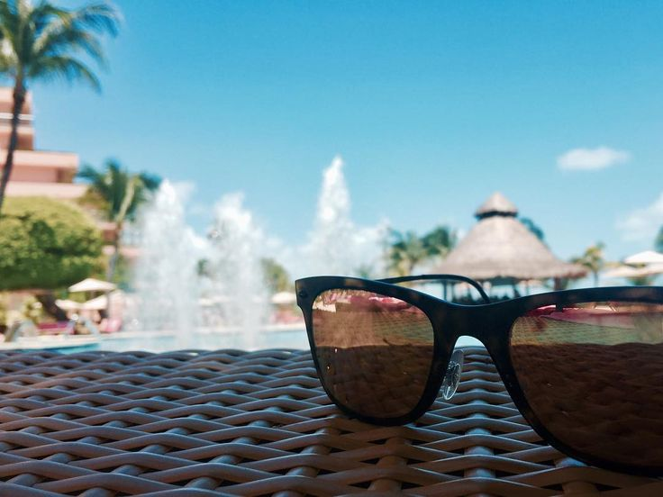 #cancun #mexico #fiestaamericana  #beach #pool #beautiful #heaven #sunglasses #rayban #メキシコ #カンクン #海 #プール #リゾート地 #canon #eosm10 #photography