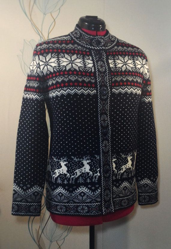 Cardigan for adult with deer pattern by LanaNere on Etsy