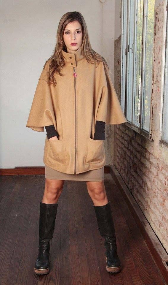 capa, camel, abrigo, invierno, cuello alto, cierre, bolsillos.