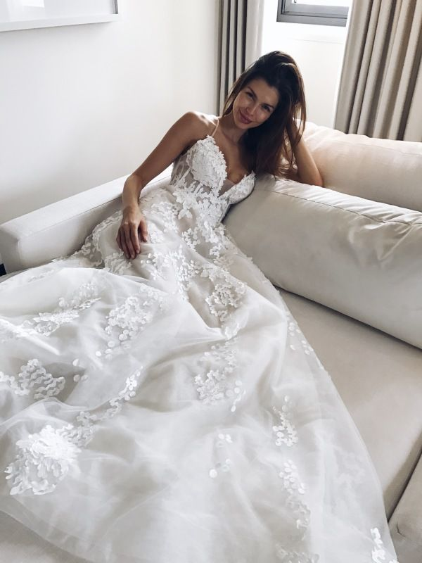 Beautiful Brand Wedding Dresses  :    Pallas Couture wedding gown: www.stylemepretty…  - #Dress https://youfashion.net/wedding/dress/beautiful-brand-wedding-dresses-pallas-couture-wedding-gown-www-stylemepretty/