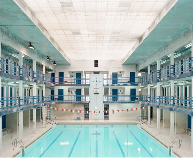 Plus de 1000 id es propos de piscines class es mh sur for Art deco piscine