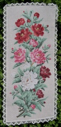 Reflets de Soie - Roses Romance  This is something my granny would have loved to cross stitch <3
