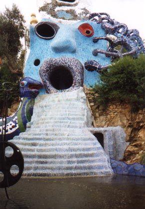 Tarot Garden, Niki de Saint Phalle High Priestess