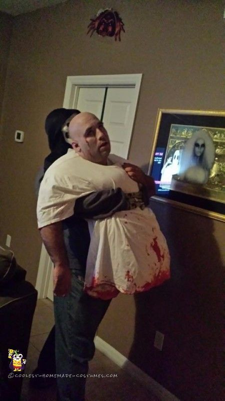 Awesome Optical Illusion Zombie Halloween Costume...  a50b52d49c4ca