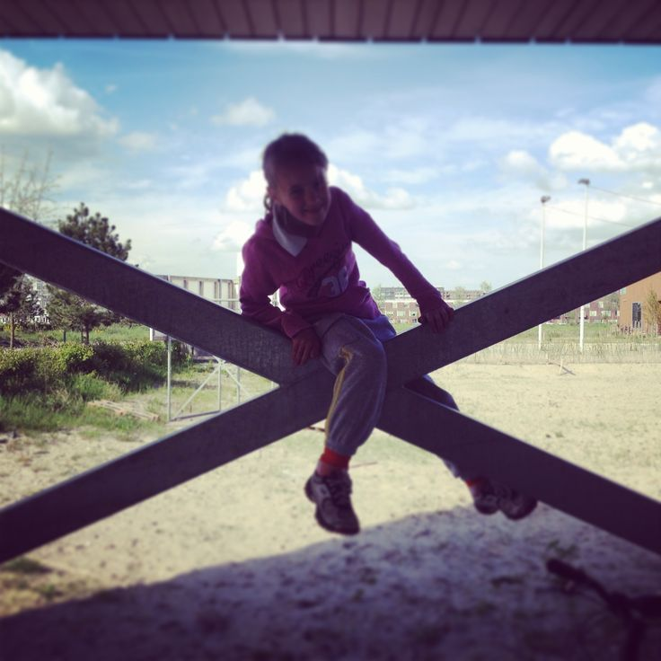 Doris construction climbing #villa +