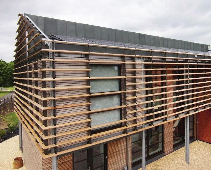 ECHO BARN (Para 55). We're delighted with the way the brise soleil unifies the various fenestrations and changes in materials at Echo Barn.  The courtyard landscaping & driveway surfacing will then complete this great Para 55 project!