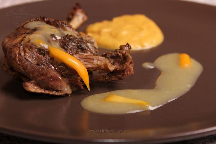 Friptură de raţă cu sos de portocale la slow cooker
