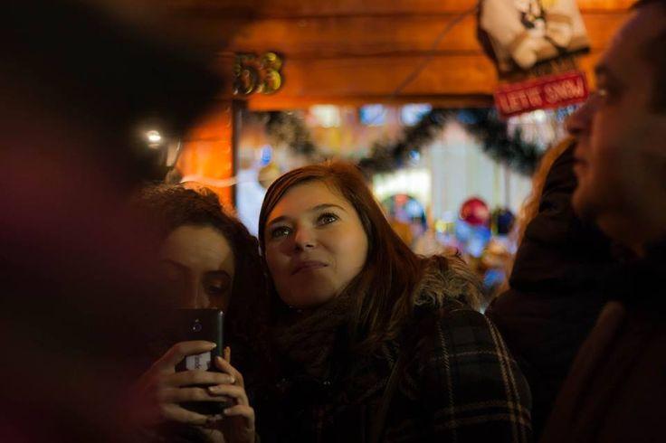 http://www.101zap.com/2015/12/16/top-5-cele-mai-frumoase-piete-de-craciun-din-romania/ - Iarna, orasele se imbraca in haine de sarbatoare si ne ofera cele mai frumoase piete de Craciun din Romania! Ca in fiecare an, fiecare orasel organizeaza propria piata de Craciun, pe care o transforma intr-o poveste cu farmec aparte. Insa cateva dintre acestea au toate ingredientele necesare sa...