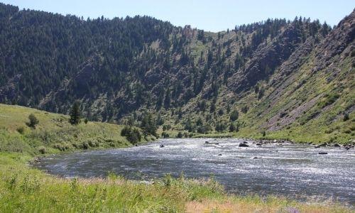 camyon montan | Beartrap Canyon Recreation Area, Montana Madison River