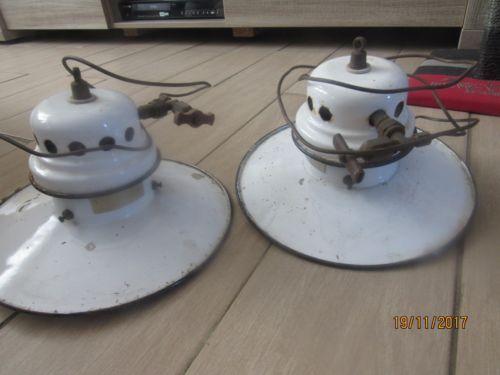 ancienne lampe à gaz tole emaillée blanc bleu > BRE Paris