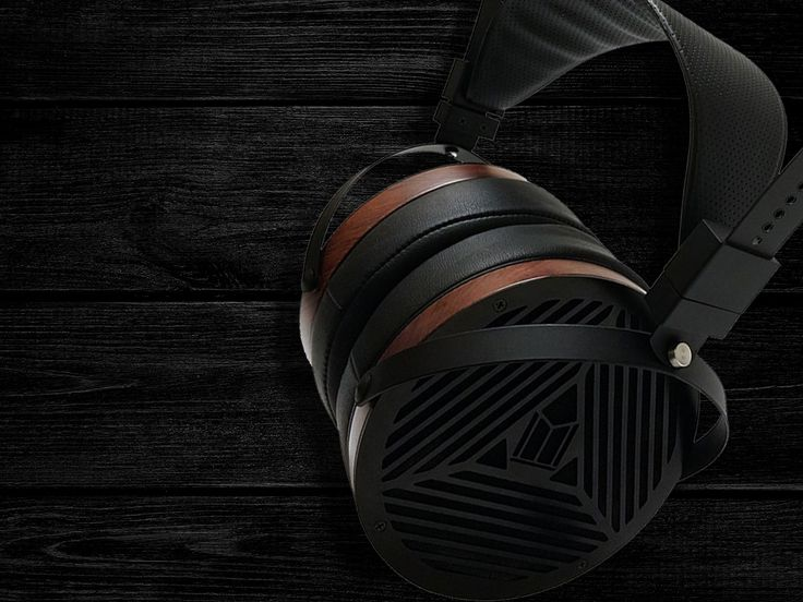 Monolith M1060 Planar Headphones: The Monolith M1060 planar headphones are the perfect way to experience your music collection. Featuring a 106mm planar driver technology that produces a detailed aural landscape and resolves all the sonic detail from the best recordings. Spectacular imaging, low distortion, and perfectly balanced sound make the Monolith M1060 a true audiophile listening experience.