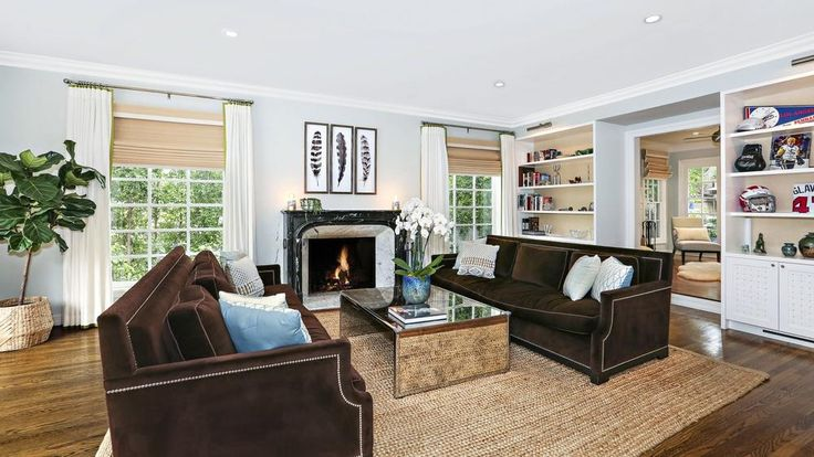'The Office' Star Brian Baumgartner Sells Los Feliz Home for $2.5M