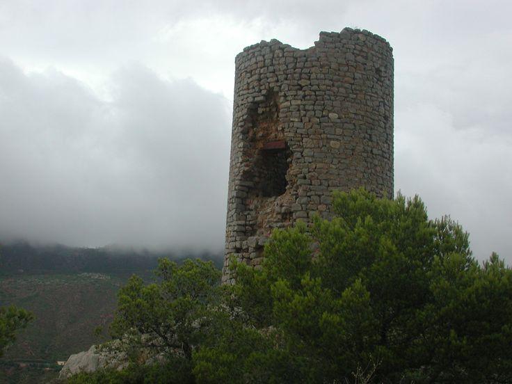 Torre albarrana del Castell de Montornés
