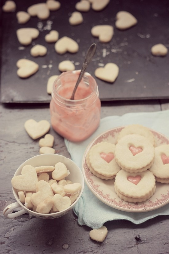 Strawberry Lemon Curd Shorbread Cookies