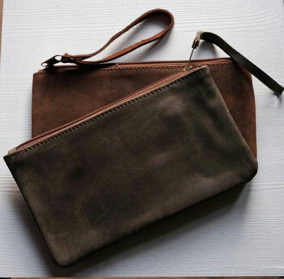 Leather hand pochette  borsa da polso in vera pelle  di PiBuShop