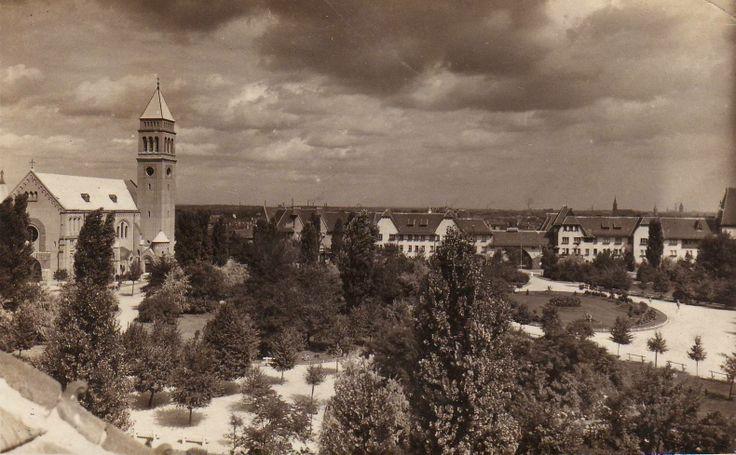 Kós Károly tér régen.