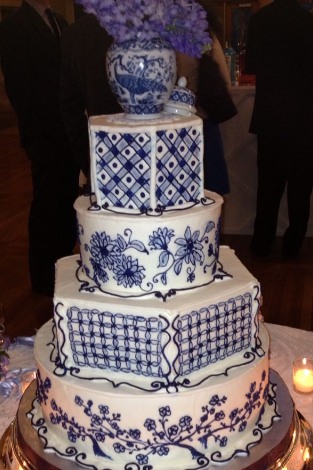Most Beautiful Wedding Cake Blue And White Theme With Hydrangeas