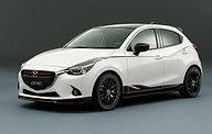 マツダ、東京オートサロン2015で新型「CX-3」、「Global MX-5 Cup」レース用車両を日本初公開 - Car Watch