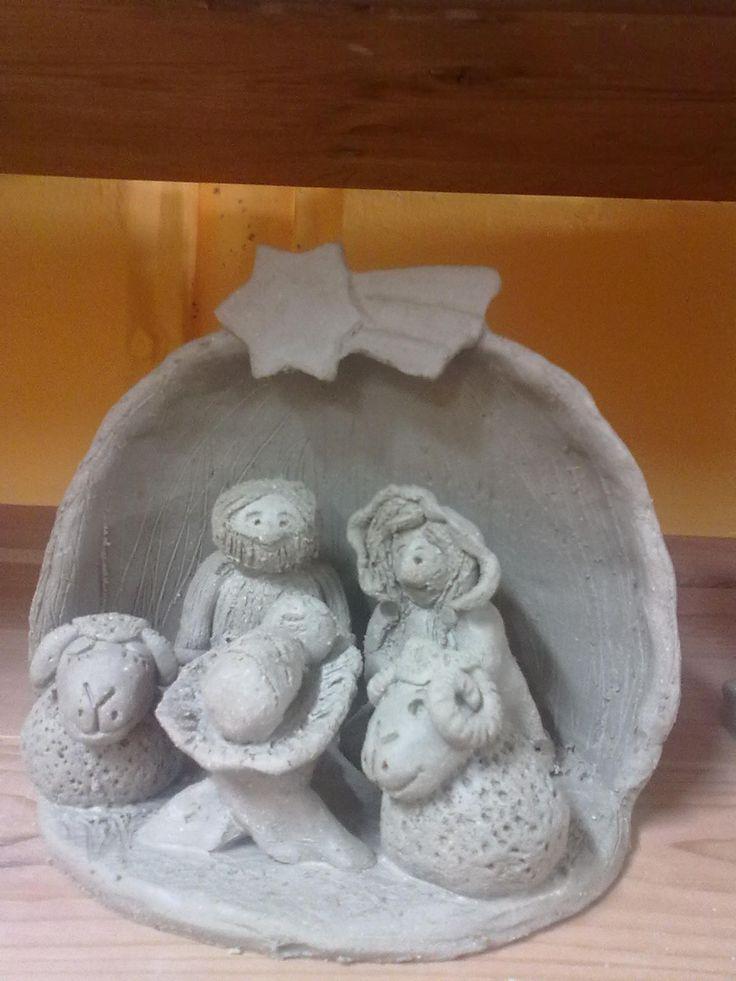 nenaglazovaný keramický betlém