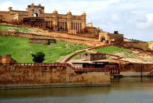 Forts and Palaces Tours, Enjoy the wonderful Forts and Palaces Tours with Tours Craft, Book Now & Get the best deal on Forts and Palaces Tours Packages with Tours Craft