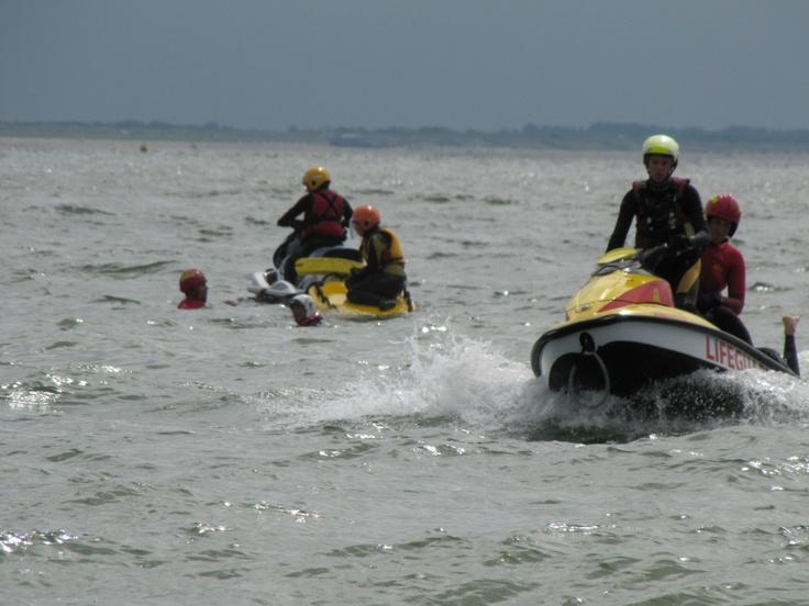 Aart van Oo - Mooie trainingsdag op het water #strandwachtVlissingen #reddingwaterscooter @KNRM