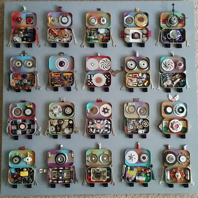 Jen Hardwick-Mixed media artist robot group