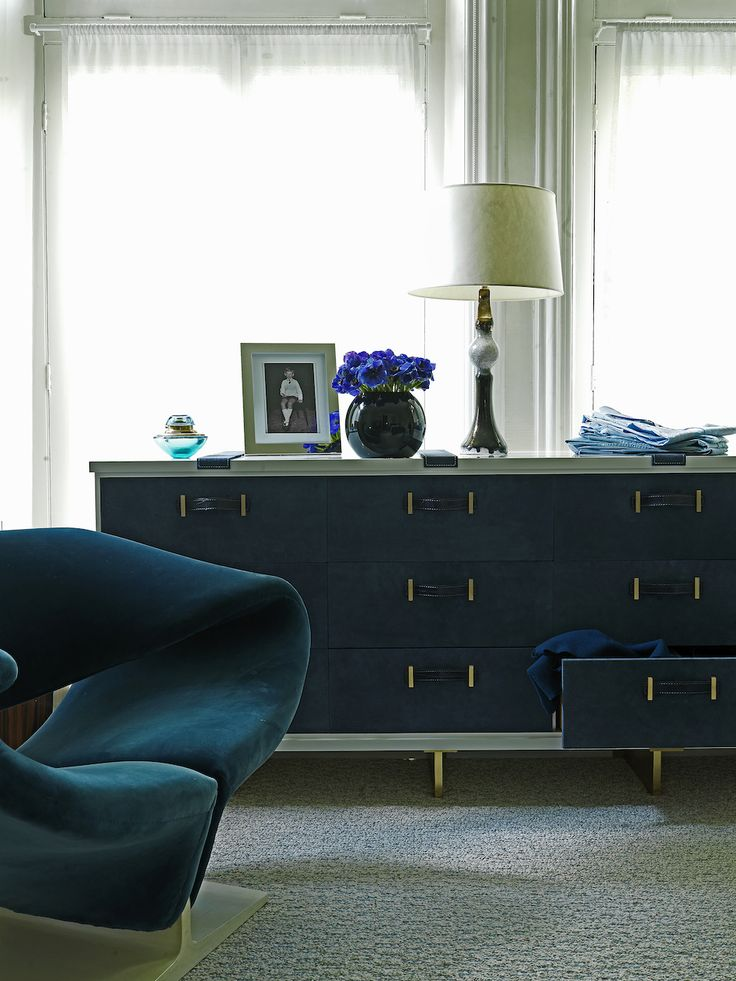 DAVID COLLINS | A luxury blue Bedroom sideboard in London | www.bocadolobo.com #ldavidcollins