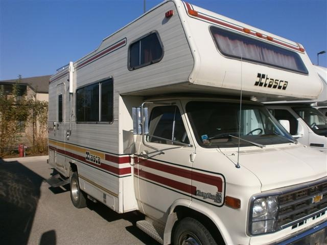 Camping World Council Bluffs >> THIS IS OUR OLD MOTORHOME FROM A GAZILLION YEARS AGO! Used 1979 Winnebago Itasca Class C ...