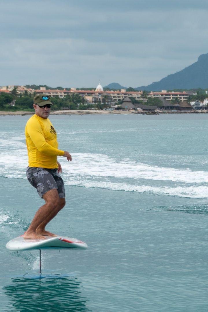 Foiling Puntamita Surfcamp
