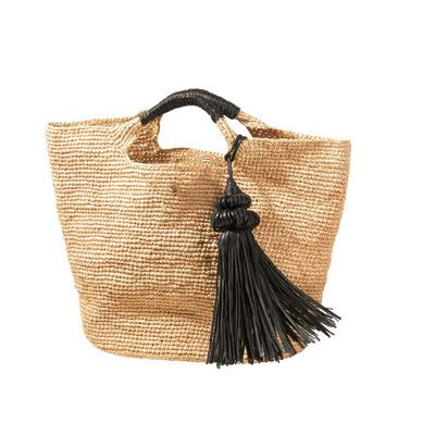 straw bag with black tassel
