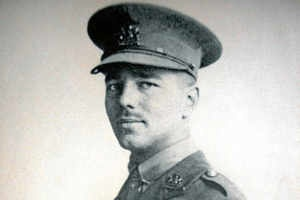 analysis of strange meeting by wilfred owen In owens poem, strange meeting, the theme of war is heavily emphasized, as the poet expresses complete disgust concerning the nature of war yet.