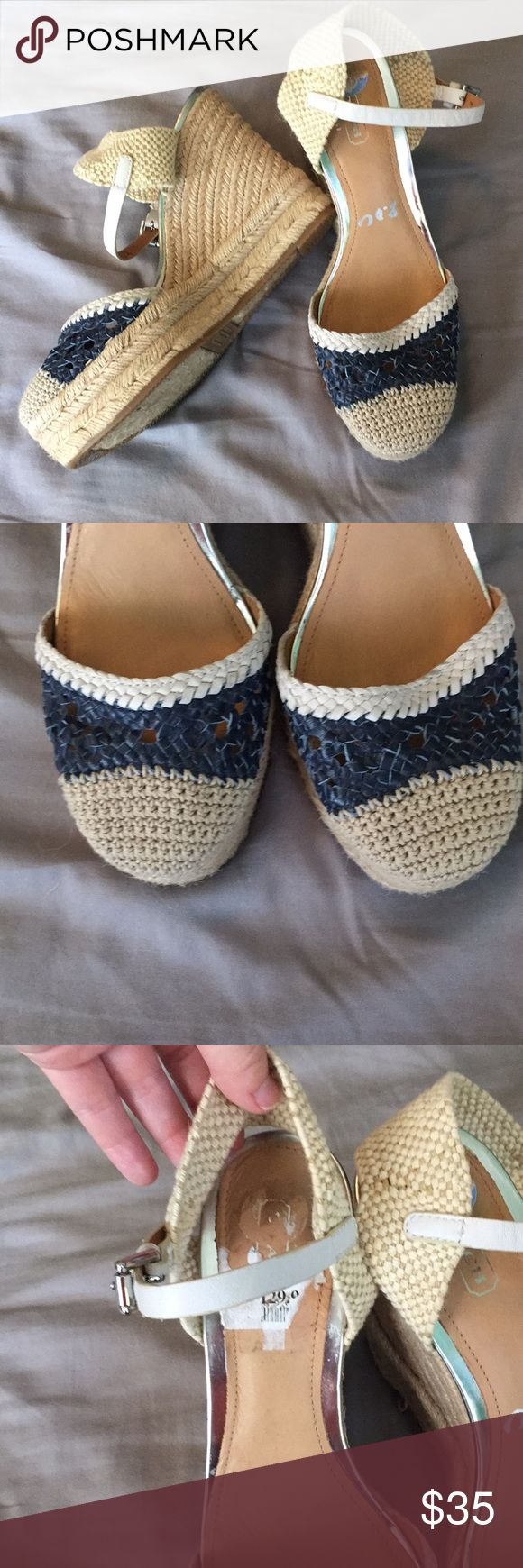NWT Coach Espadrilles Nautical ⚓️ 7.5 7.5 new with the Tj max sticker still on them. These are so cute and go with so many things! Coach Shoes Wedges