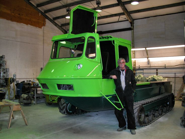 Stan Hewit with amphibious vehicle Prototype 2