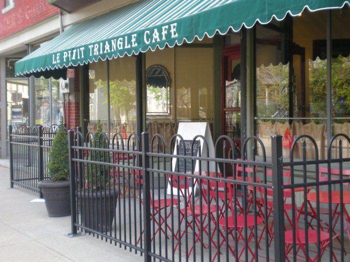11 Le Petit Triangle Cafe Cleveland In 2020 Ohio Ohio Travel Cleveland