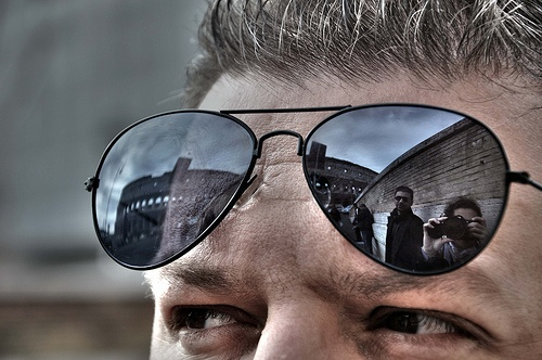 the look,the colosseum and the shooter