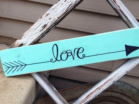Single Pallet Arrow Word Sign by KsKountryKorner on Etsy