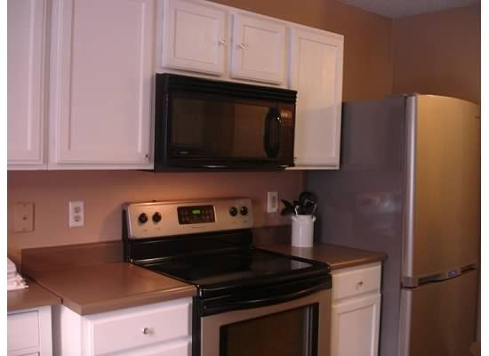 Rustoleum Countertop Paint Application : about Rustoleum Countertop on Pinterest Countertop Redo, Rustoleum ...