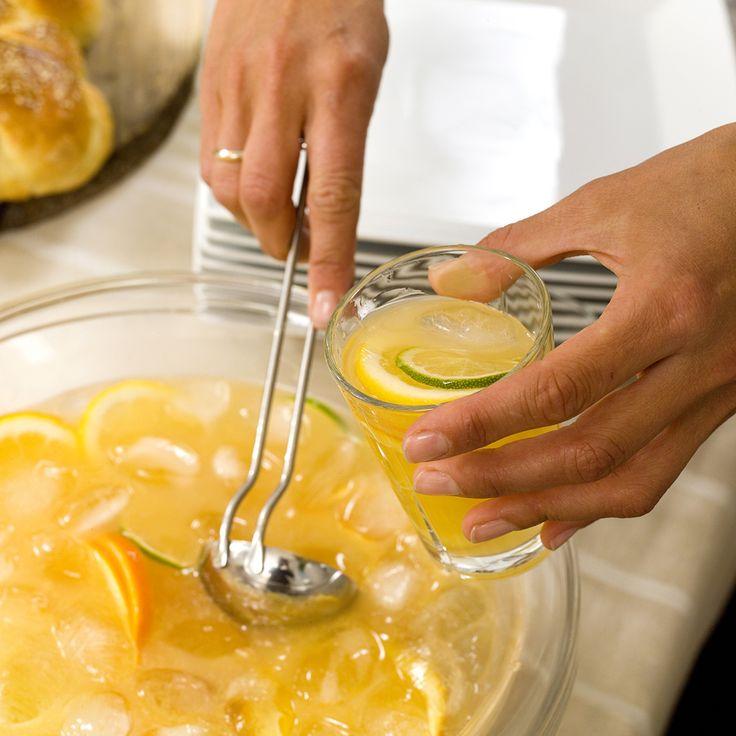 bowl med brus og juice