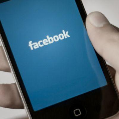 Facebook bloqueó la versión web para sus empleados para que prioricen la versión móvil