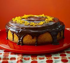 Giant jaffa orange cake. Give the classic flavour combo of chocolate orange even more wow factor in this cake with zingy jelly and luxurious chocolate ganache